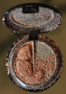 how to fix your eyeshadow after it gets broken from dropping it! Brilliant.