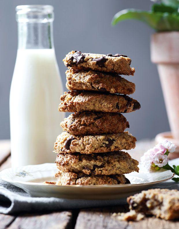 Sprøde cookies med hasselnødder og havregryn