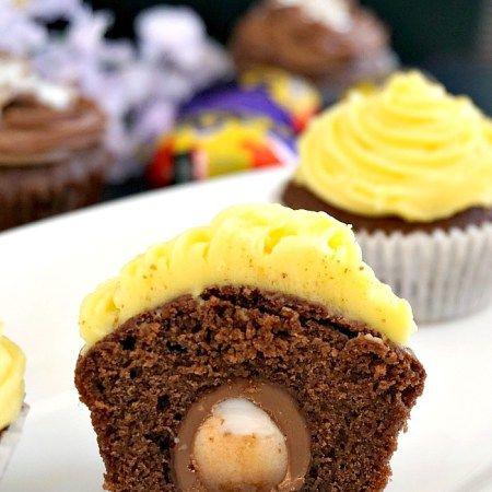 Cadbury creme egg cupcakes