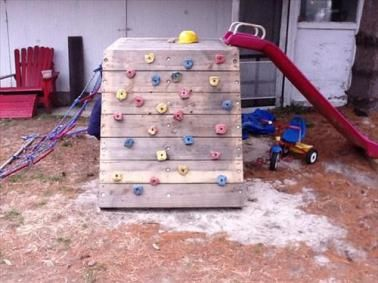 DIY Kids Pallet Toys Project
