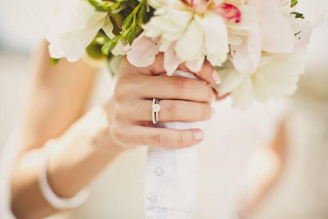 彼とふらりと立ち寄れば婚期早まる婚約指輪の人気ブランド特集