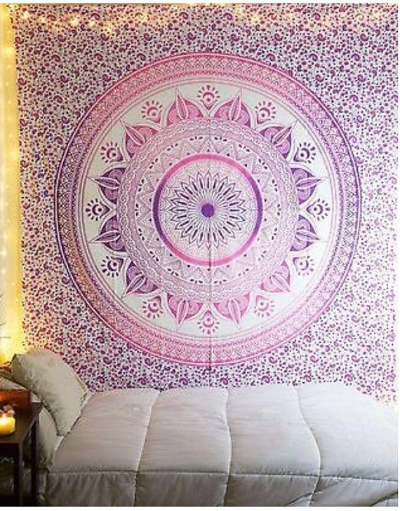 les 25 meilleures id es de la cat gorie tenture mandala sur pinterest tenture murale mandala. Black Bedroom Furniture Sets. Home Design Ideas