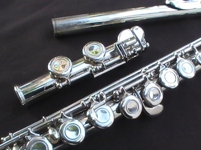 Armstrong Flute 104 STUDENT NICKEL PLATED WITH YAMAHA CASE RECENT MODEL. Asking $ 190 on eBay. NOTE: We have exact same flute in what appears to be super shiny excellent condition with brand new pads and cork and a spotless case. Want it to go to good home. SYDNEY