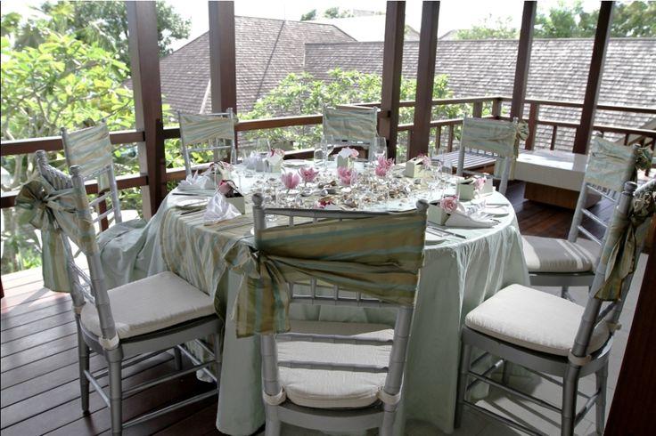 Table centerpiece by Tirtha Bridal Uluwatu Bali