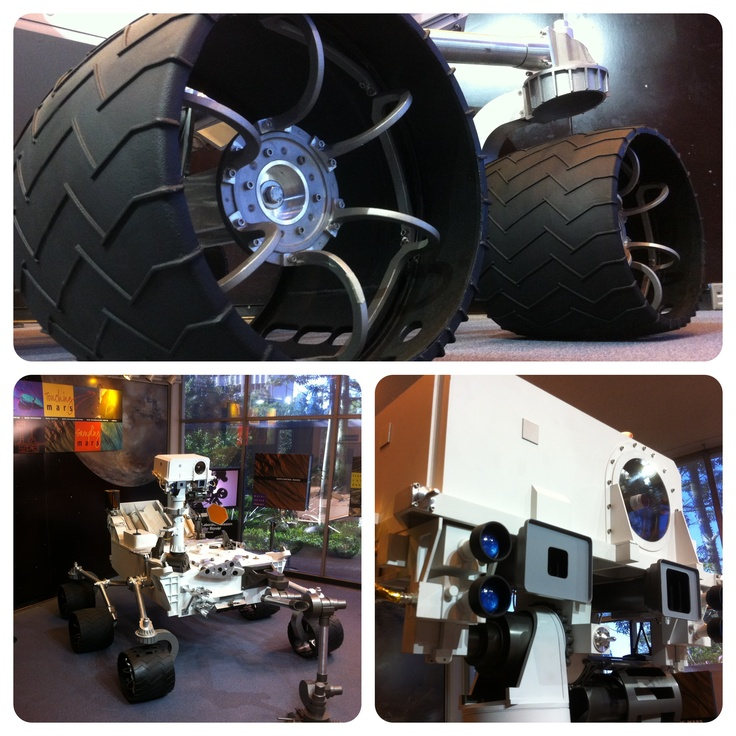 Diptic view of the rover, Curiosity. This is a  full scale model located at Jet Propulsion Laboratory.