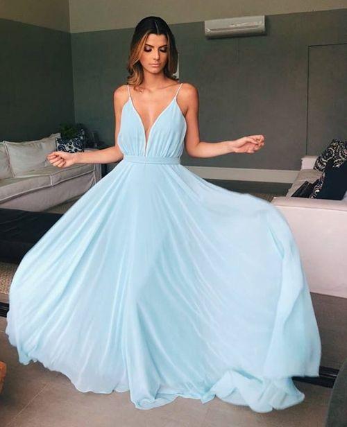 Rosa y azul vestidos