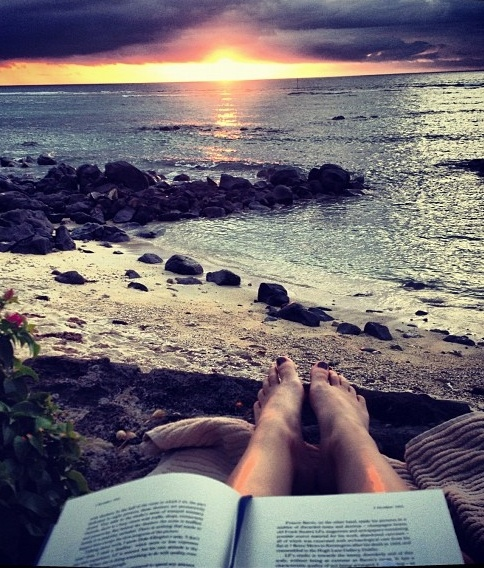 ✮ Reading after dinner during Sunset | Mauritius ✮ (http://www.facebook.com/BeautyOfMauritius)