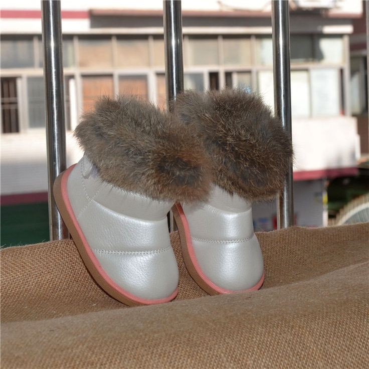 Excellent warm boots for girls! Stylish design, low price!