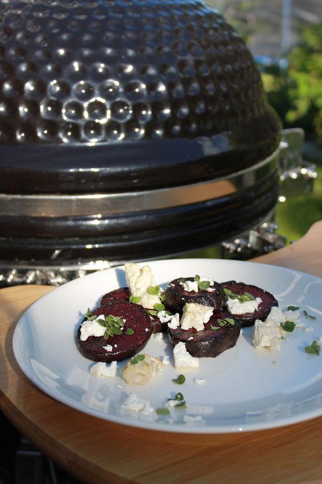 Savustettu feta ja grillatut punajuuret - Grilliblogi