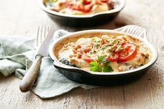 Een overheerlijke vispannetje van schelvis met champignons, die maak je met dit recept. Smakelijk!