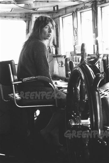 Denise Bell on the Rainbow Warrior.06/01/1979  © Greenpeace / Legrand