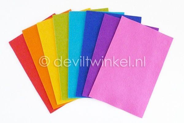 Wolvilt pakketje Regenboog. Wolvilt voor leuke hangers koop je bij de Viltwinkel! www.deviltwinkel.nl