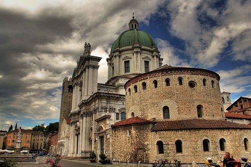 Brescia City - Duomo Nuovo e Rotonda