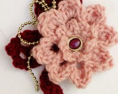 Prendedor Flor tejida al crochet - Modelo Rosa China
