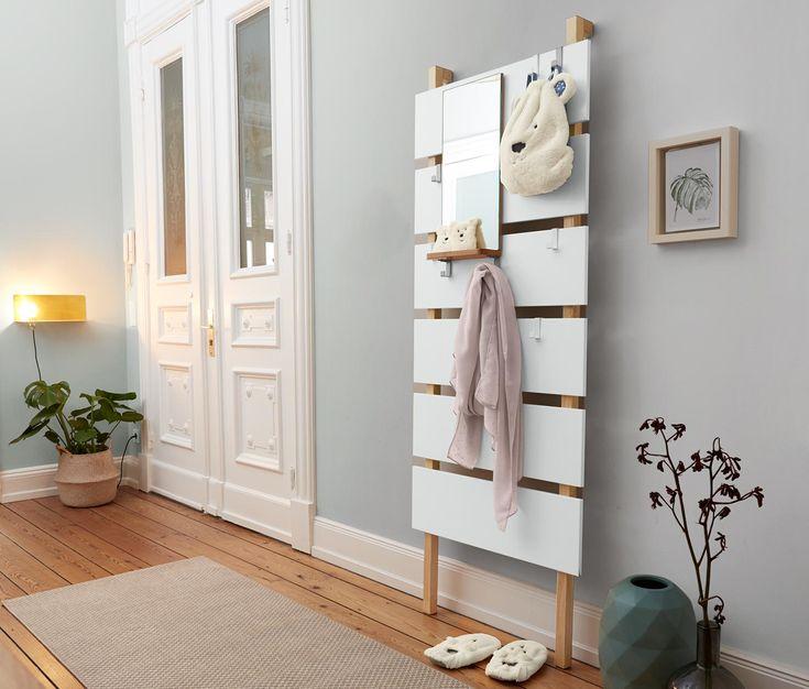die besten 25 kleiderhaken ideen auf pinterest h lzerne kleiderhaken garderobe selber bauen. Black Bedroom Furniture Sets. Home Design Ideas