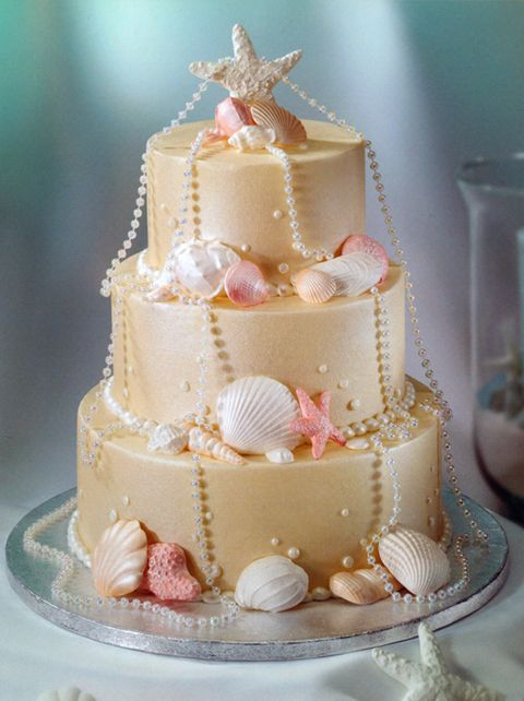 seaside wedding cakes 1000 images about seashell decor on 19717