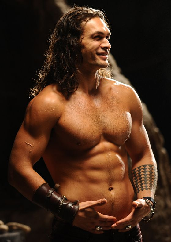 Jason Momoa... Yes please.