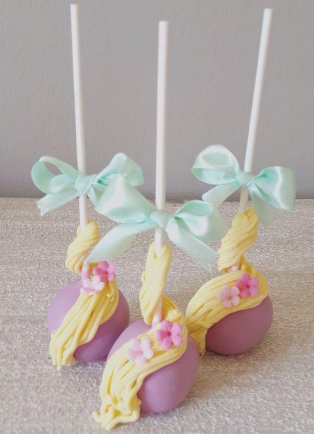 Rapunzel cakepops