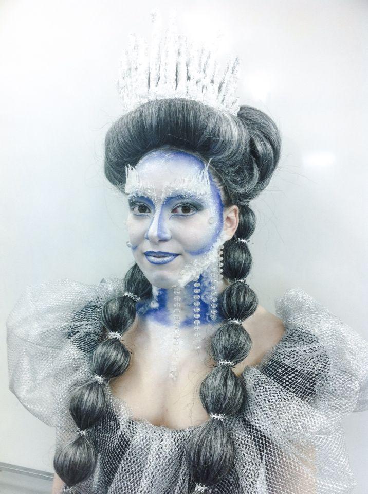 Make up Queen frozen caracterización