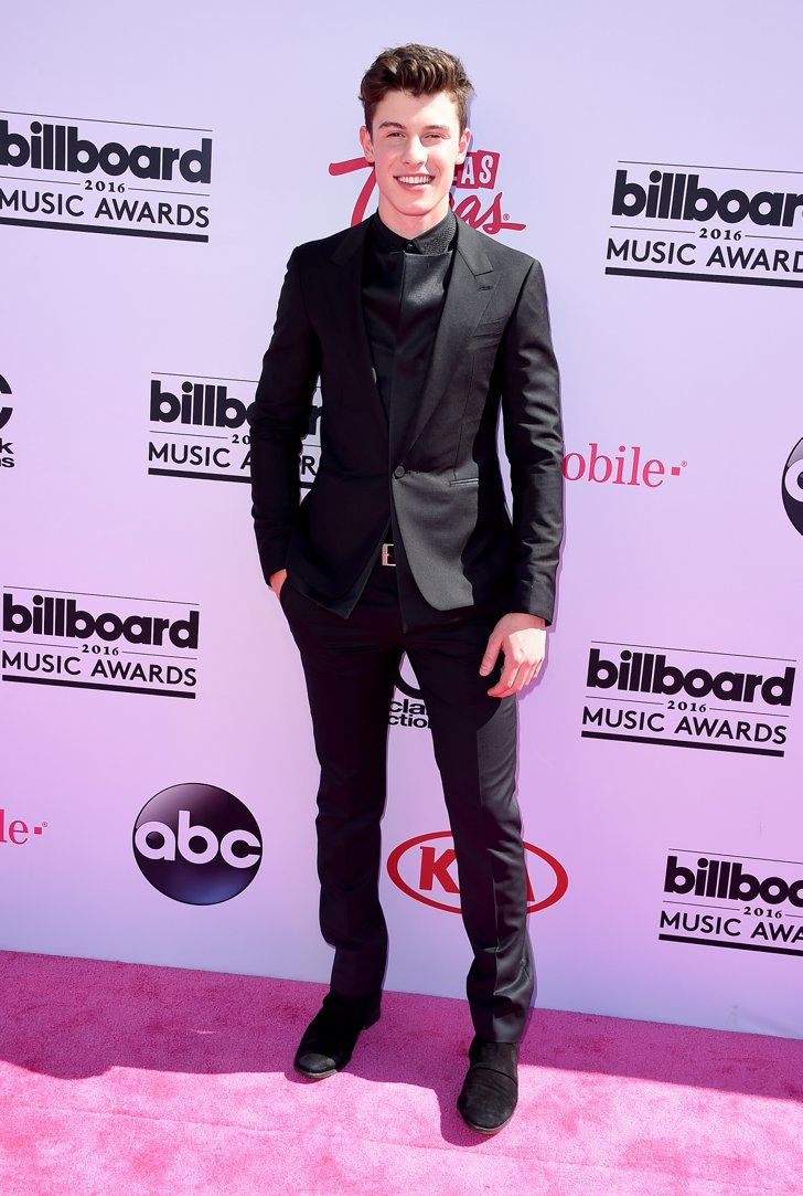 Pin for Later: The Hottest Eye Candy From the Billboard Music Awards  Pictured: Shawn Mendes