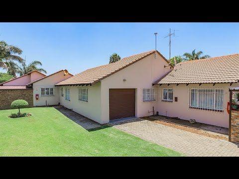 2 Bedroom Townhouse for sale in Gauteng   East Rand   Kempton Park   Pom...
