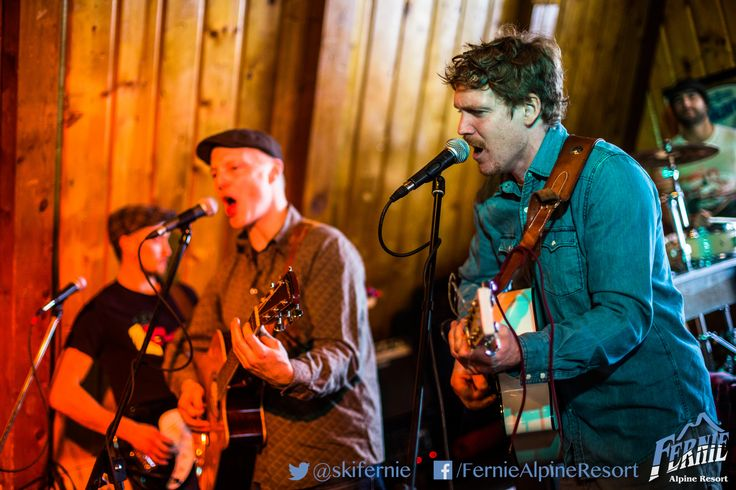 The Griz Bar is open til 12am on Friday and Saturday for late night après. Live music is a popular feature. Keep and eye on our Facebook page for updates. Photo: Vince Mo (www.mofotophotography.com)