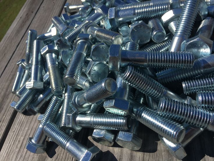 Stainless Steel #Bolts - Nuts Bolts Screws #Washers manufactured by Lightning Bolt. World Wide #Shipper ASTM A193 & A320 B8M Studs, bolts, and #screws.