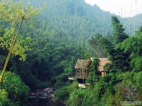 Owned 50 sets guest roomsCrosswaters Ecolodge & Spa locates in the national forest Park of Nankun Mountain
