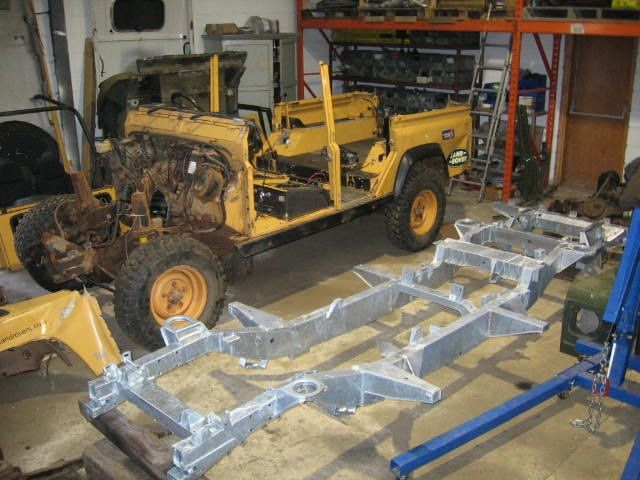 Camel 110 Rebuild On Galvanised Chassis Camel Trophy Pinterest Land Rovers