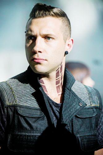 Eric,Divergent - divergent-charecters Photo