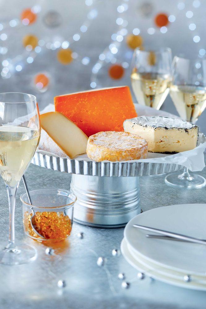 Que servir avec un plateau de #fromages? Un pinot gris d'Alsace tel le Pfaff! #celebration #Noel