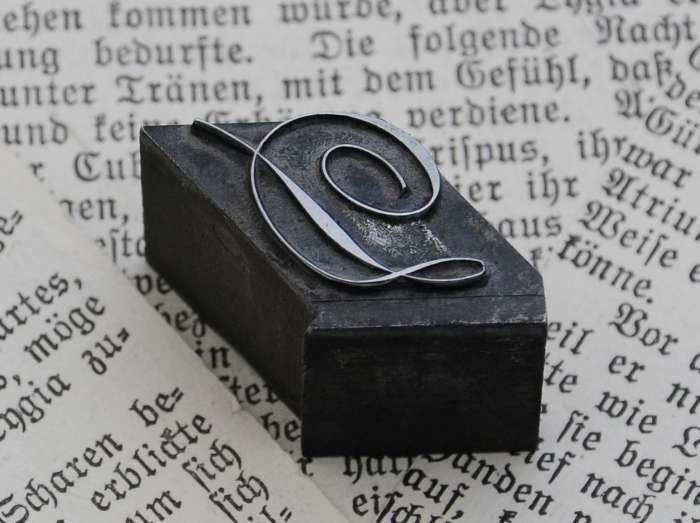 Siegelstempel - ♥ D ♥  Bleibuchstabe wunderschön ♥ Initial Stempel - ein Designerstück von VintageLetterpress bei DaWanda