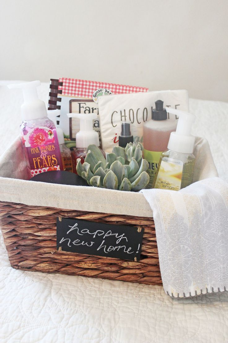 How to putting together a housewarming gift hello honey - Gifts for small apartments ...