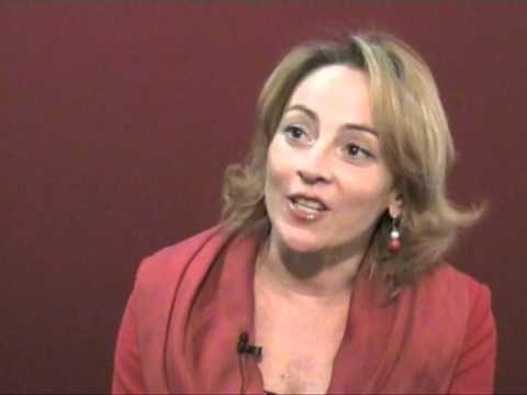 """La """"didattica del sorriso"""" spiegata da Daniela Lucangeli in Confartigianato - YouTube"""
