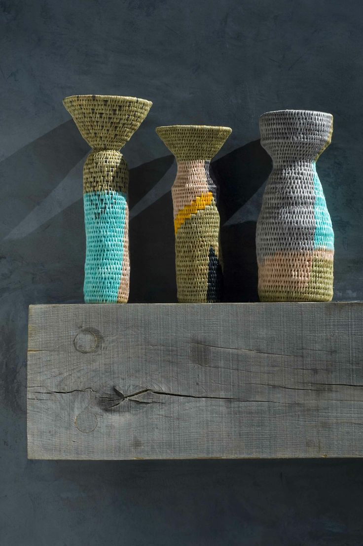 KIKAPU VASE - Woven vessels with a bold contemporary pattern