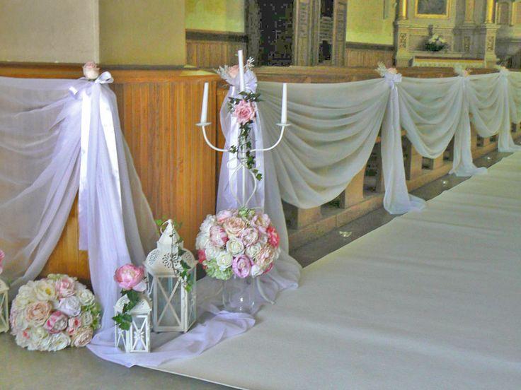 Dekoracja kościoła w pastelach