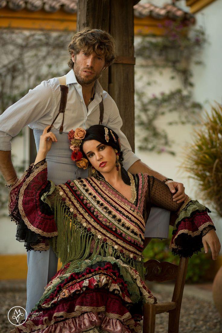 Menta, Canela y Romero | Moda Flamenca de Raquel Terán por Elenita Rivera vía Mamá de Mayor Quiero Ser Flamenca.