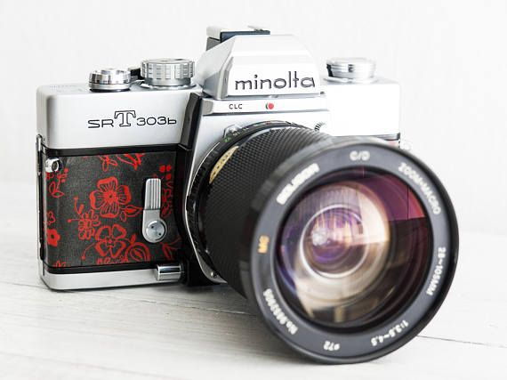 Minolta SRT303b - functional vintage 35 mm film analog SLR camera, macro zoom lens, Neckstrap, UV filter, Genuine Leather, New Lightseals!