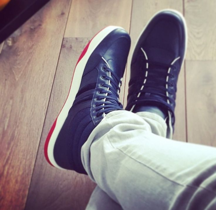 Gucci sneakers & Armani Jeans