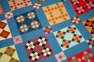 simple, solid patchwork...workin the 9 patch: Colors Patchwork, Kids Events, Handmade Quilt, Floors, Hands, Image Search, Amish Quilt, Patchwork Quilt, Blue Sash