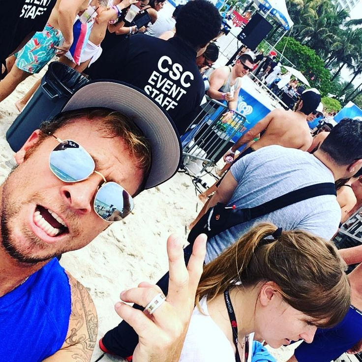 Brian Littrell (@rokspics)Instagram : 「About to volleyball it up in Miami.. with me luck..... #iheartradio summer kick off」