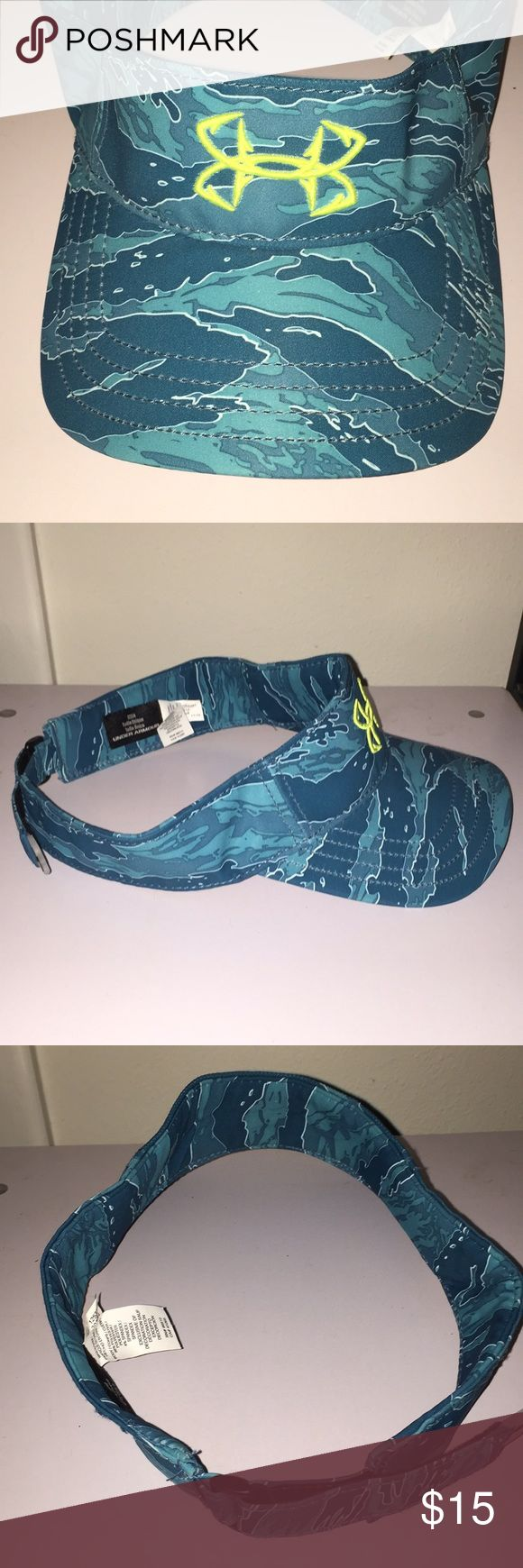 OSFA Under Armour men's visor turquoise camouflage Under Armour men's visor turquoise green/blue camouflage Very good condition  No rips, holes, tears or stains Adjustable strap One size fits all Under Armour Accessories Hats