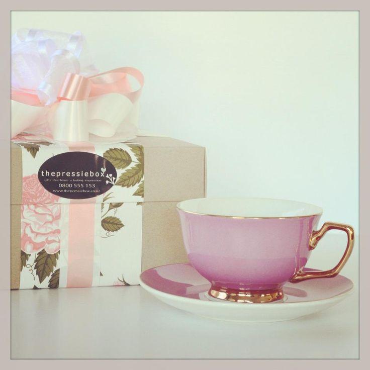 Cristina Re Vintage Rose Gift Box http://www.thepressiebox.co.nz/product.php?gift=cristina_re_vintage_rose_gift_box&cart=MORGHedCV4nE3u7GJ5Crke81nrdbPXhr&sku=PB0095&i=no