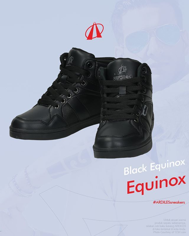 Equinox_Equinox Hitam-Hitam  Equinox hitam mengunci postur kakimu agar tetap tegak. Kualitas karet organiknya prima, arsitektur desain sneakers Equinox jadi terjaga. Sneakers dari Ardiles ini tersedia dalam 2 aksen, hitam-hitam dan hitam-putih. Cek selengkapnya di www.ardilesmetro.com. 👟  #ardiles #ardilessneakers #sneakers #indonesia #madeinIndonesia #NaturalRubber #doodle #fashion #pictoftheday #ootd #casual #keren #kekinian #livefolkindonesia #traveling #jalan2man #indie #jakarta #bekasi…