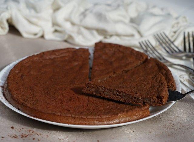 Torta di patata dolce al cacao