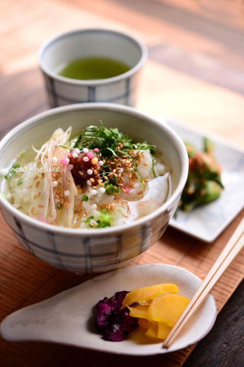 Cold plum rice with green tea「冷たい梅茶漬け」