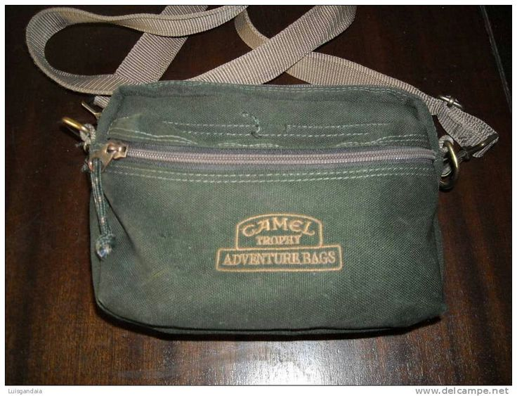 Camel trophy shoulder bags