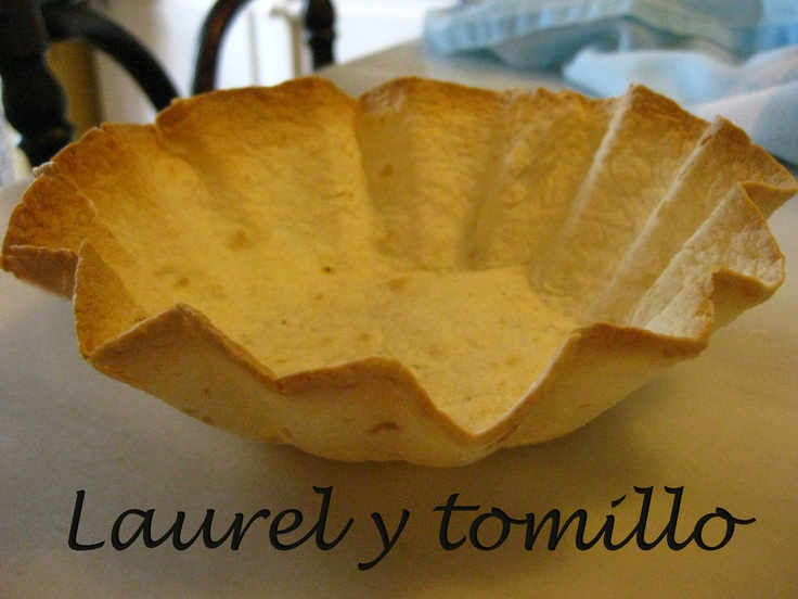 Tortillas mexicanas al horno  http://laurelytomillo.blogspot.com.es/2012/05/4-maneras-de-dippear.html