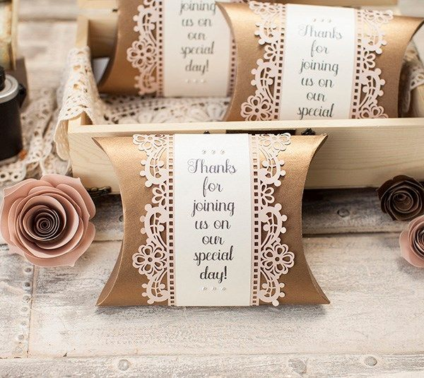 These pillow boxes are perfect for little trinkets to give your guests to remember your special day!