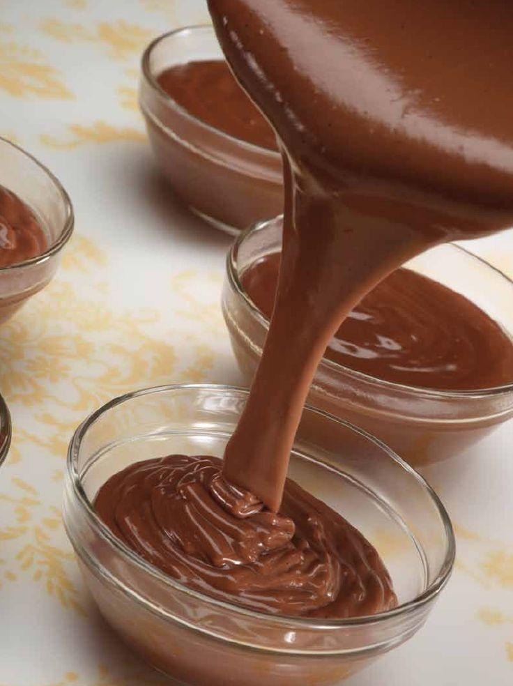 De enige echte chocoladepudding http://njam.tv/recepten/de-enige-echte-chocoladepudding
